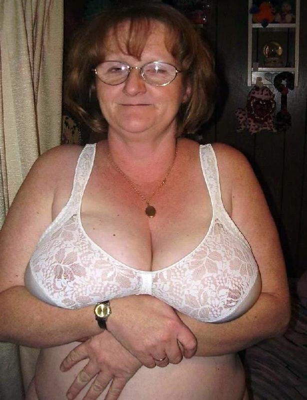 Saggy titts granny Saggy tits