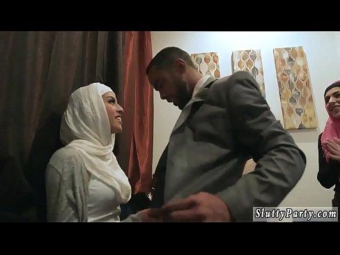 Arab woman sucking cock