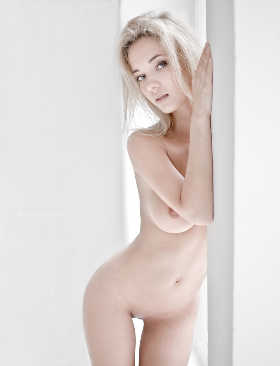 Slim sexy hot naked girls