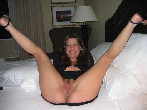 Horny milf spread legs