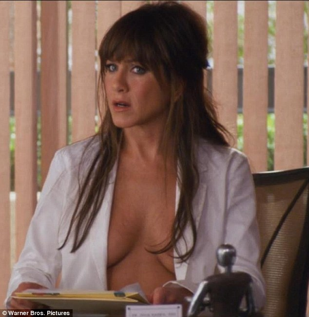 Jennifer aniston topless movie scene