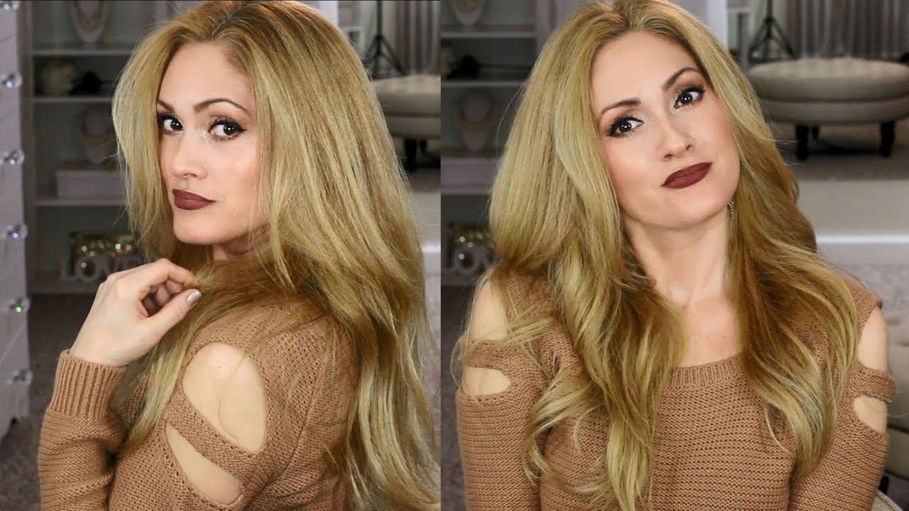 Golden honey blonde hair with highlights