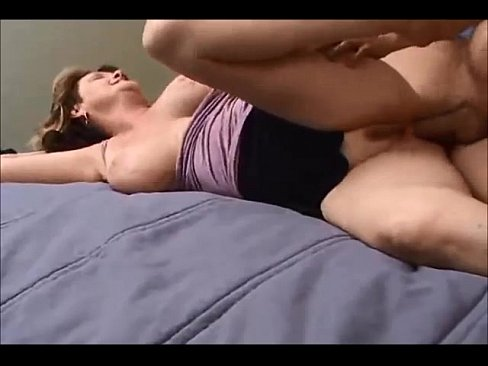 Amateur milf wife getting fucked
