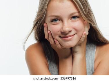 Legal young teen models