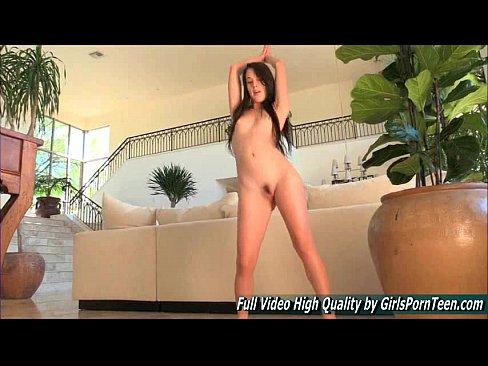 Xxx hot brunette girl videos