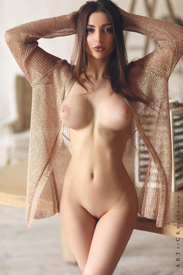 Naked chicks with big tits