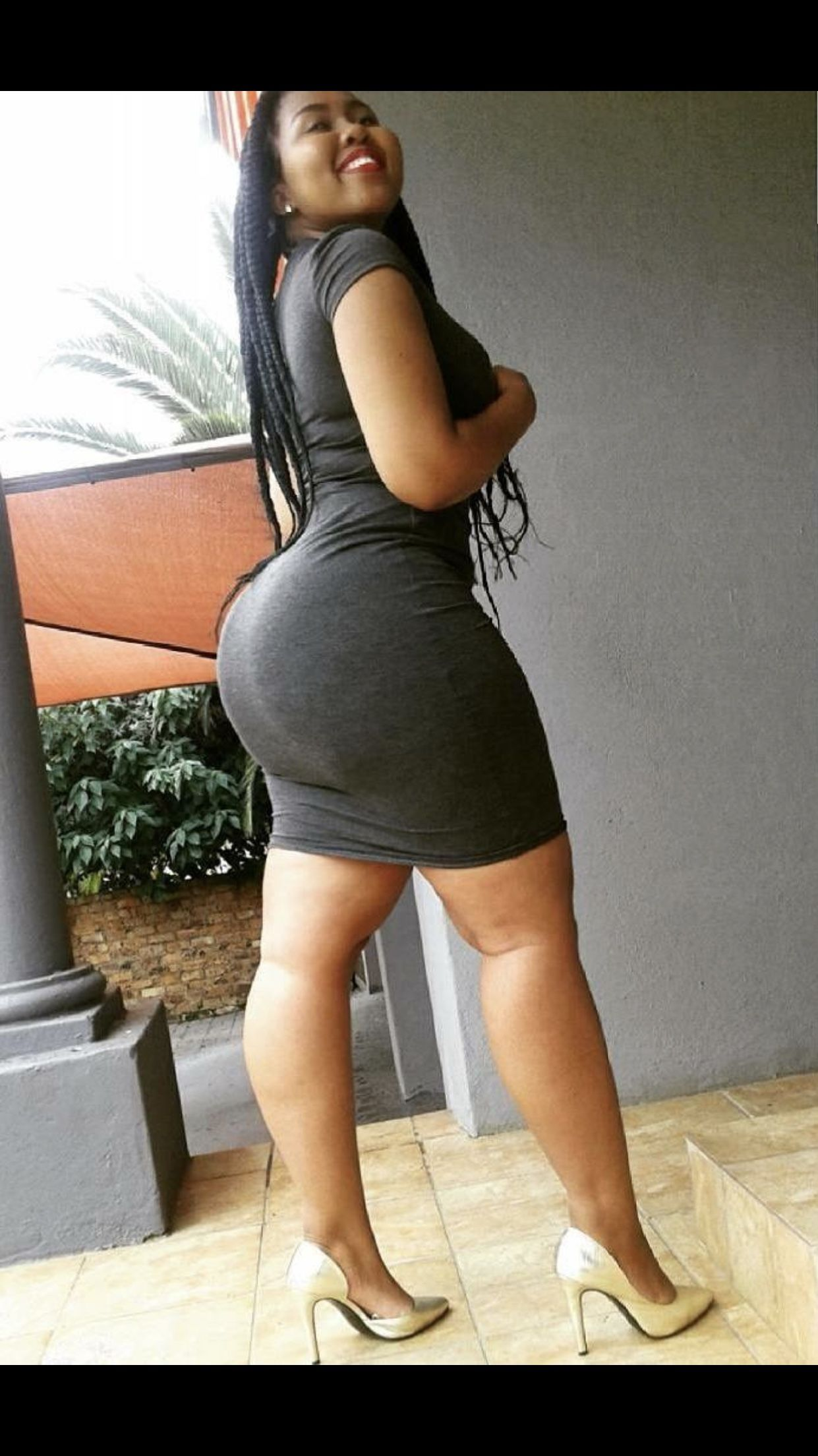 Thick curvy black booty