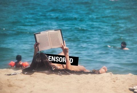 Ladies naked sex beach