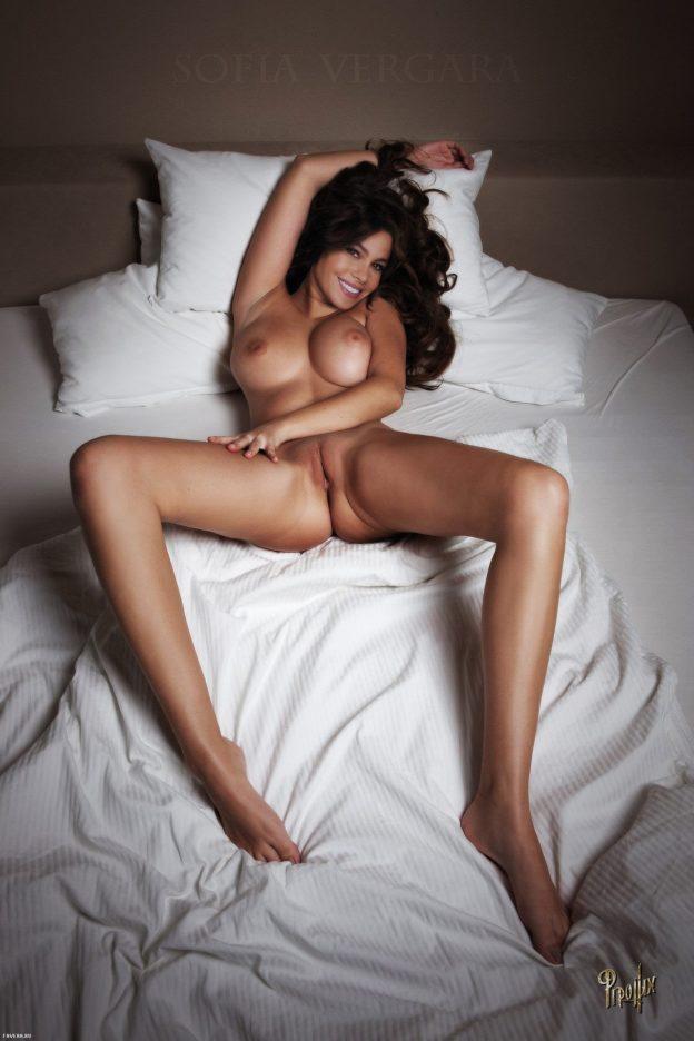 Modern family sofia vergara naked