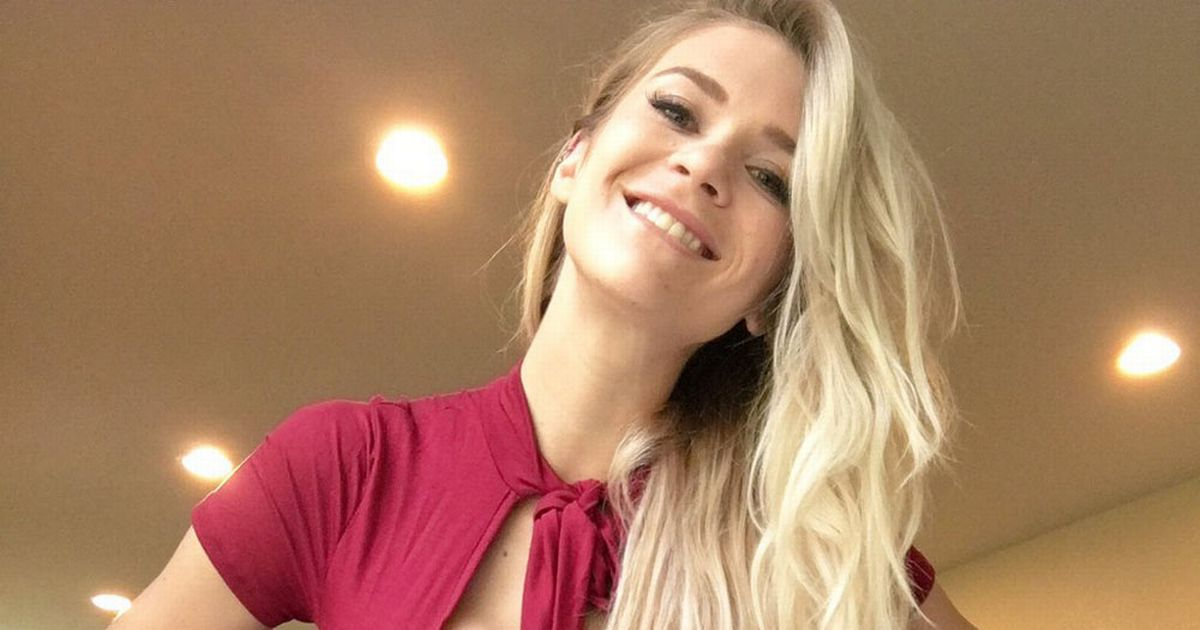 Young teen web cam live