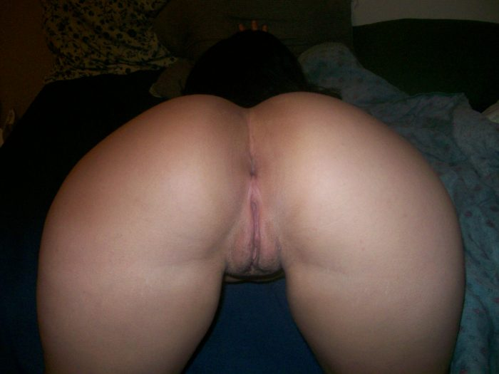 Booty ass pussy bend over