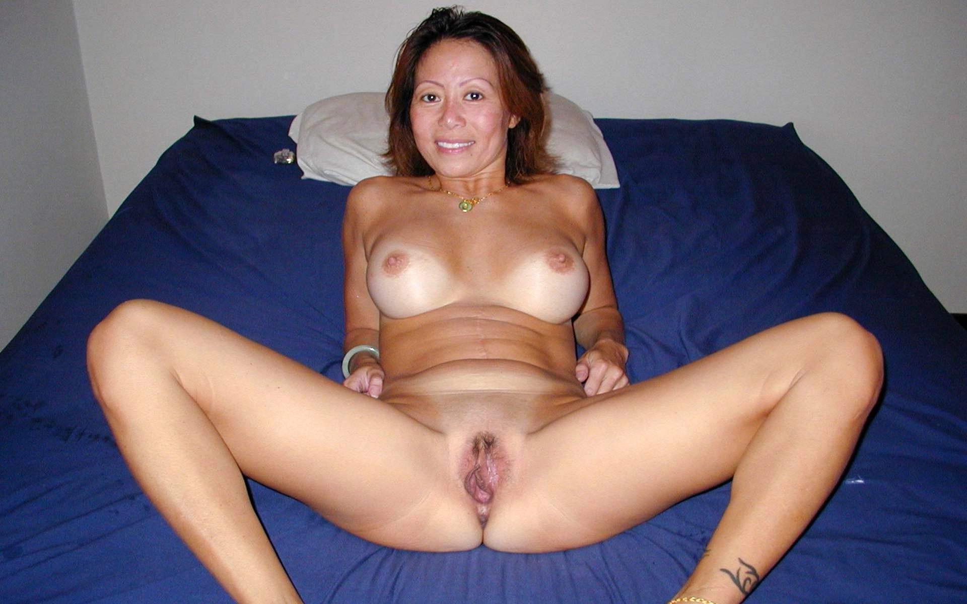 Sexy mature asian women nude