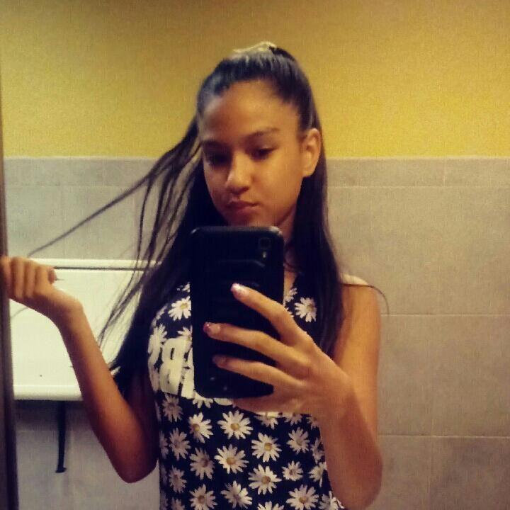 Tiny black teen girl selfie