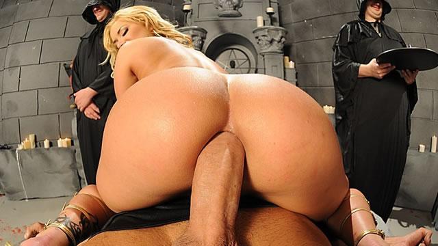 Shyla stylez fucking big cock
