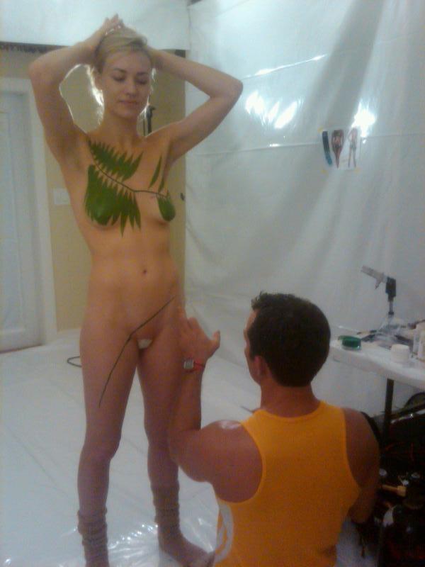 Yvonne strahovski leaked nude