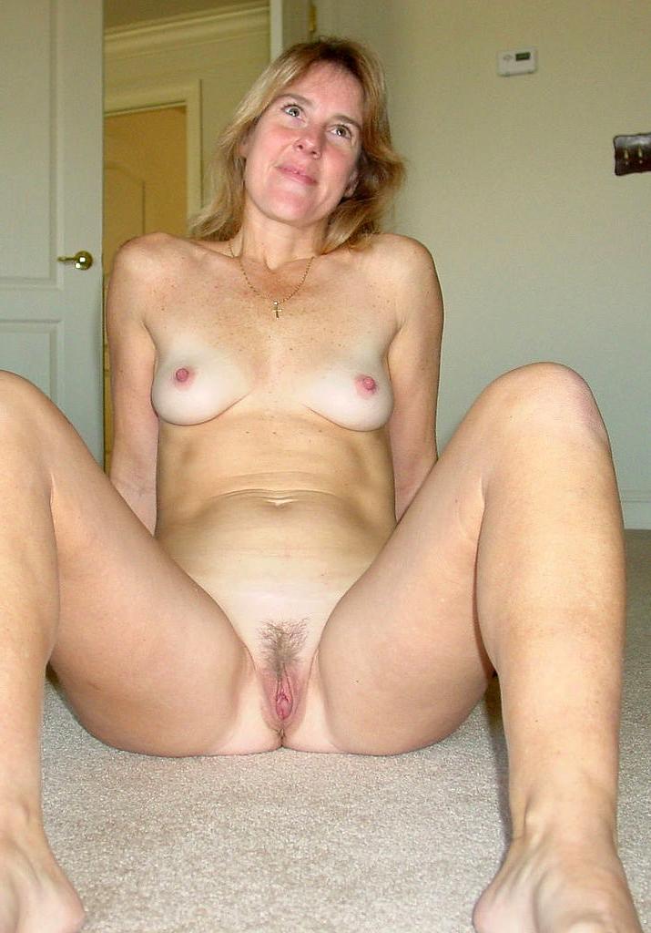 thick latina girl naked