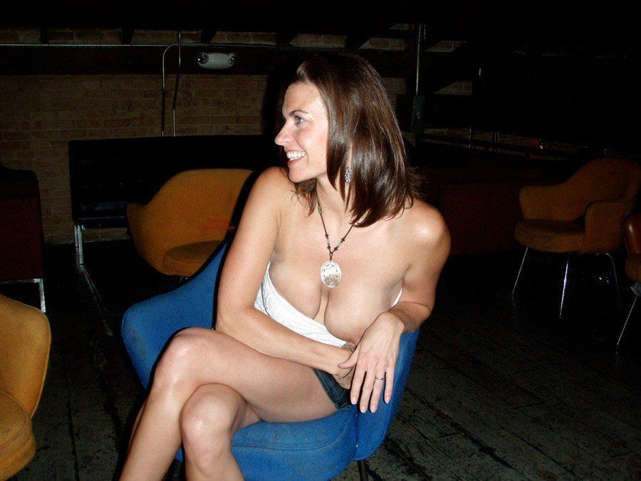 Accidental nude nip slip