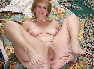 Free mature open pussy
