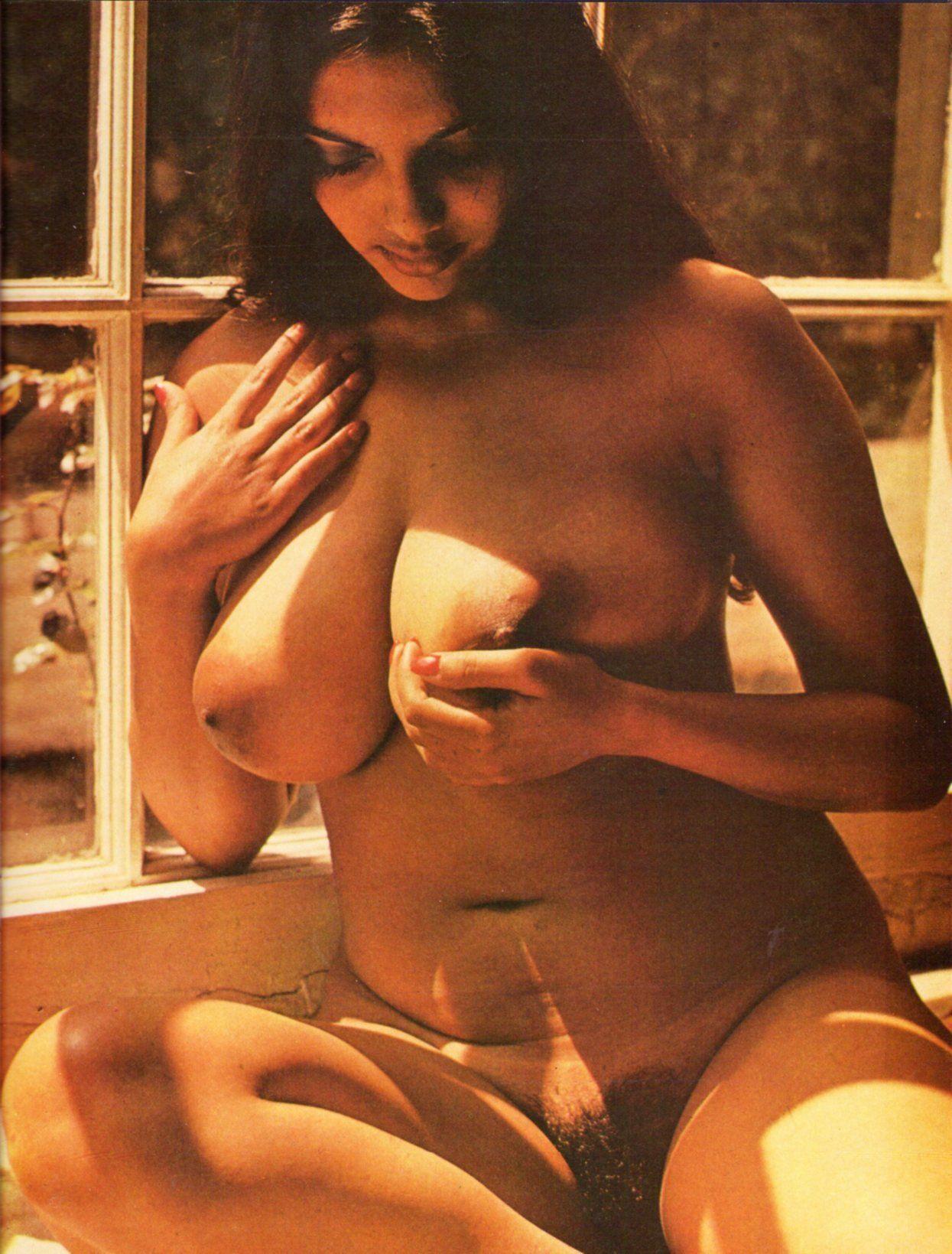 Nude deboniar magazine aunty pics