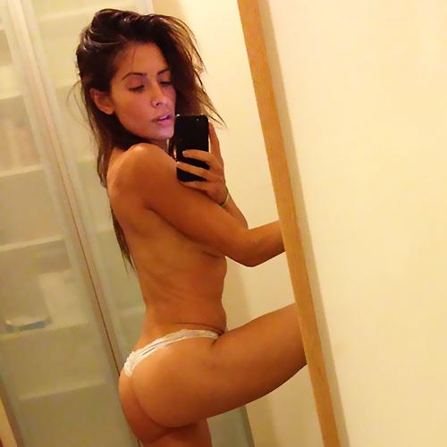 Hot sarah shahi nude