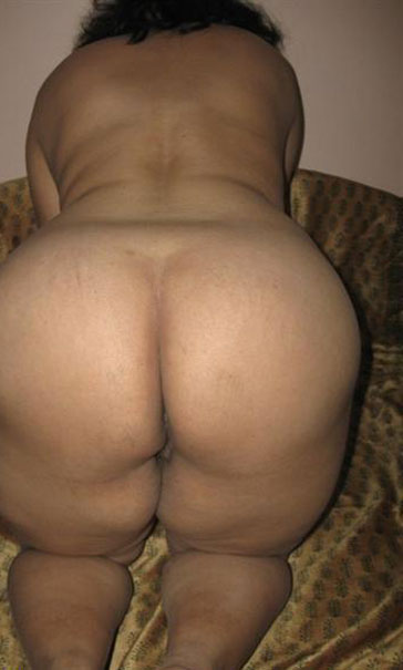 Chubby big ass aunty