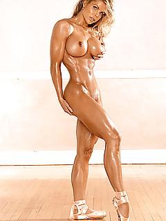 Skinny muscle girl nude