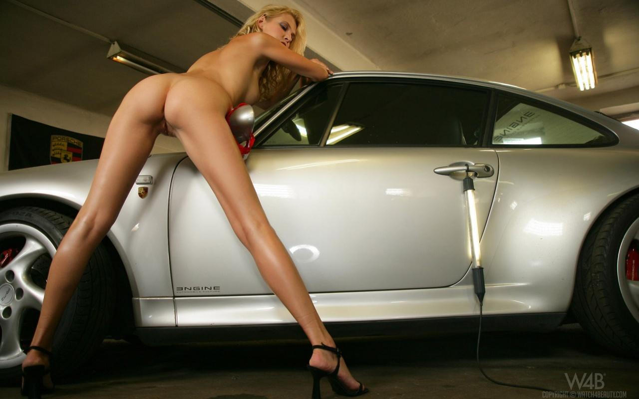 Porsche hot girls nude