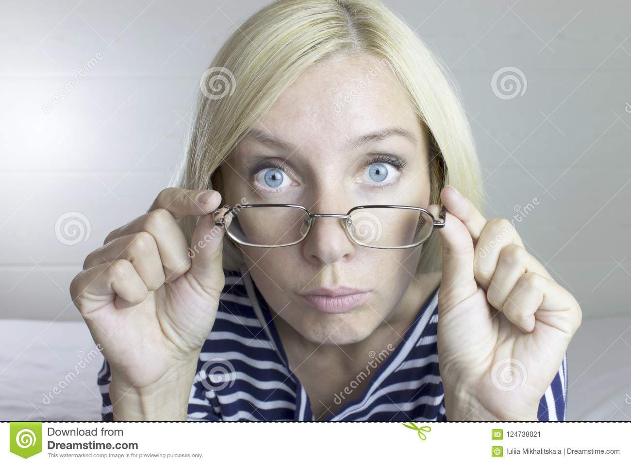 Blondes wearing glasses facial