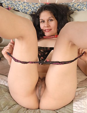 Huge naked sexy pussy