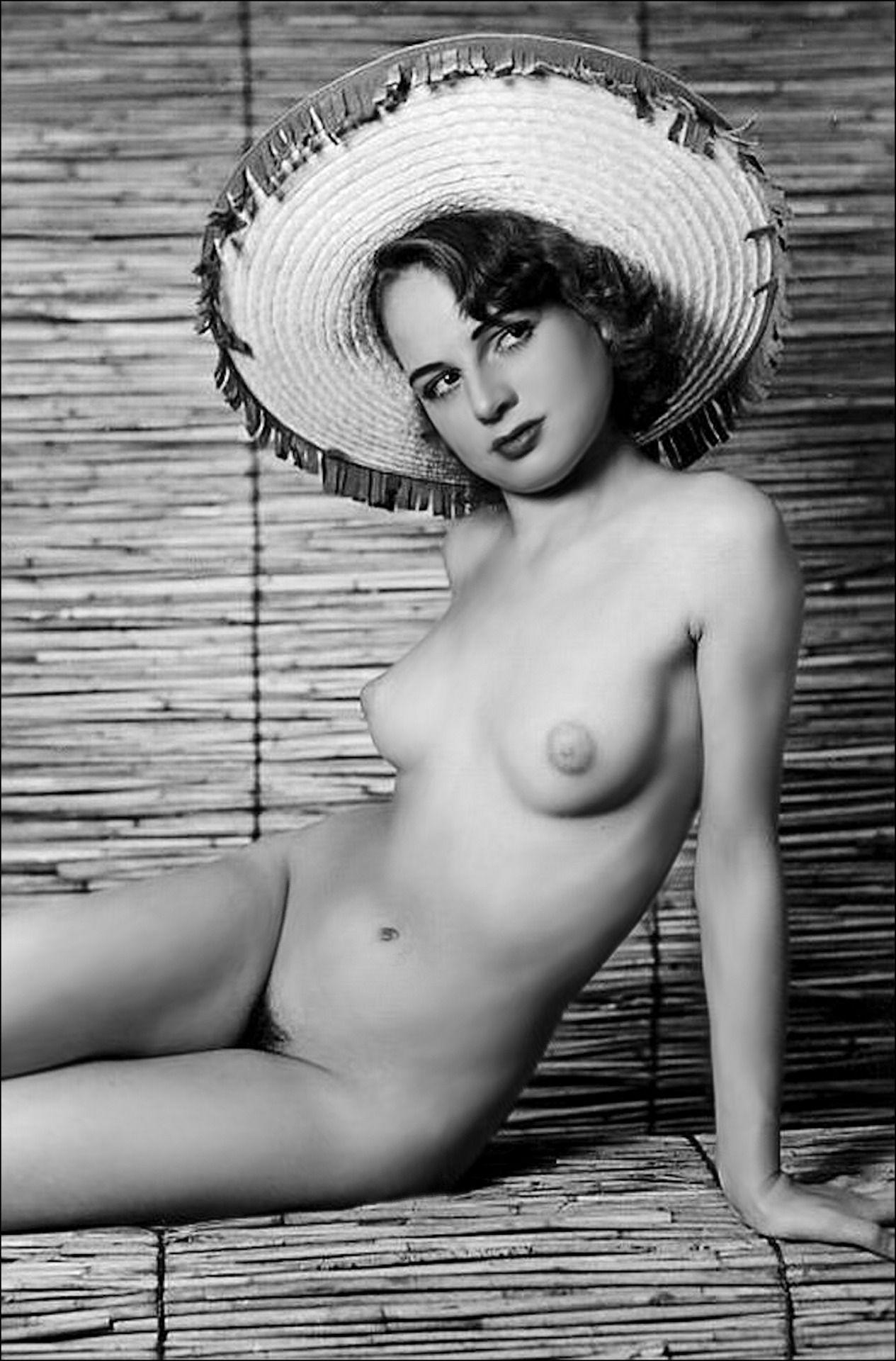 Classic pin up girls nude
