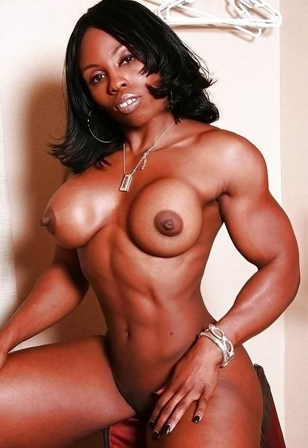 Hot naked women bodybuilder