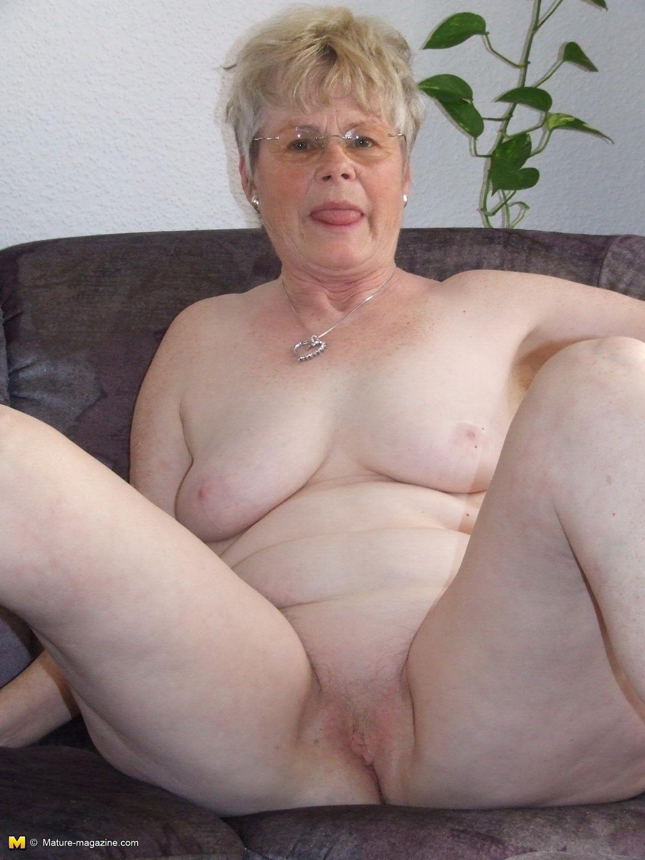 Old ladys nude pics