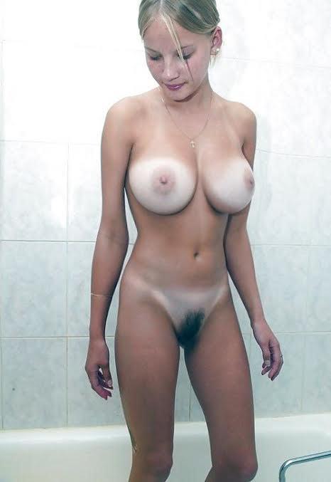 Naked girls big tits juicy pussy