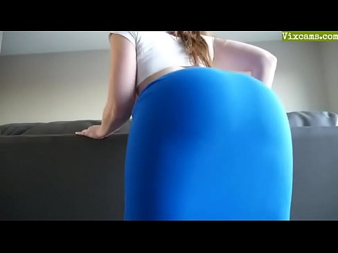 Ass shake then lick and fuck
