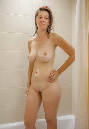 Mature nudes women shower