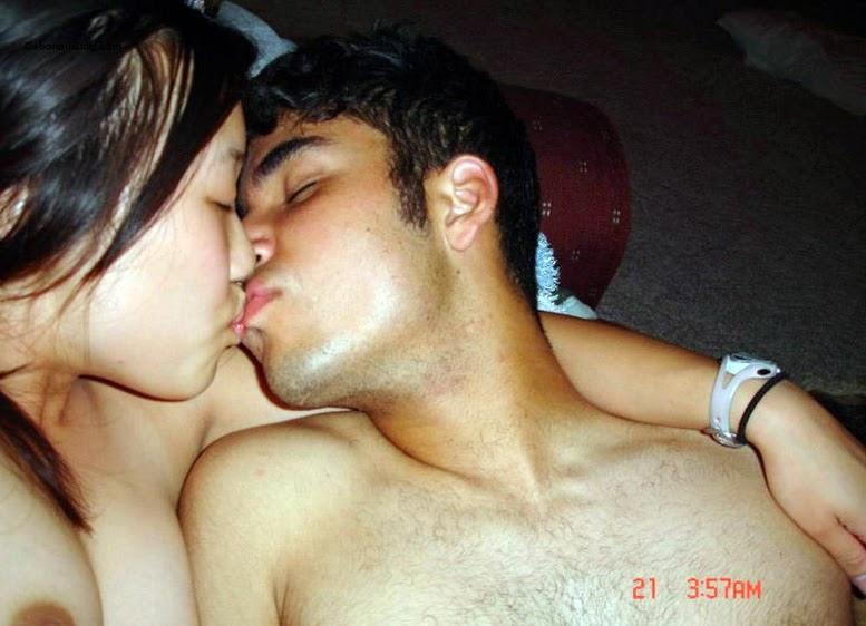 Pakistani nude girls kissing
