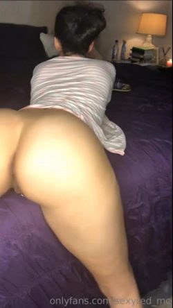 Phat white ass bent over pussy