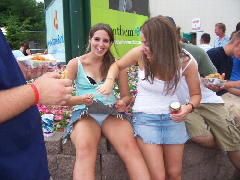 Coed drunk college girls