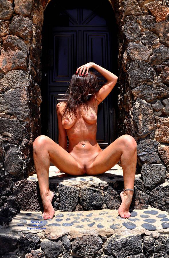 Outdoor brunette spread legs