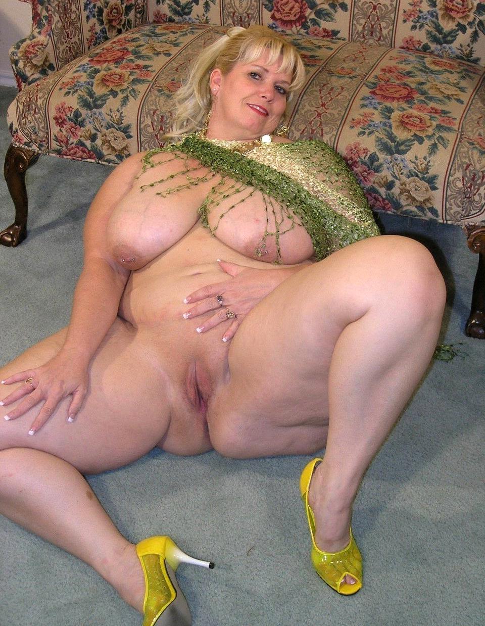Bbw boobs mature naked