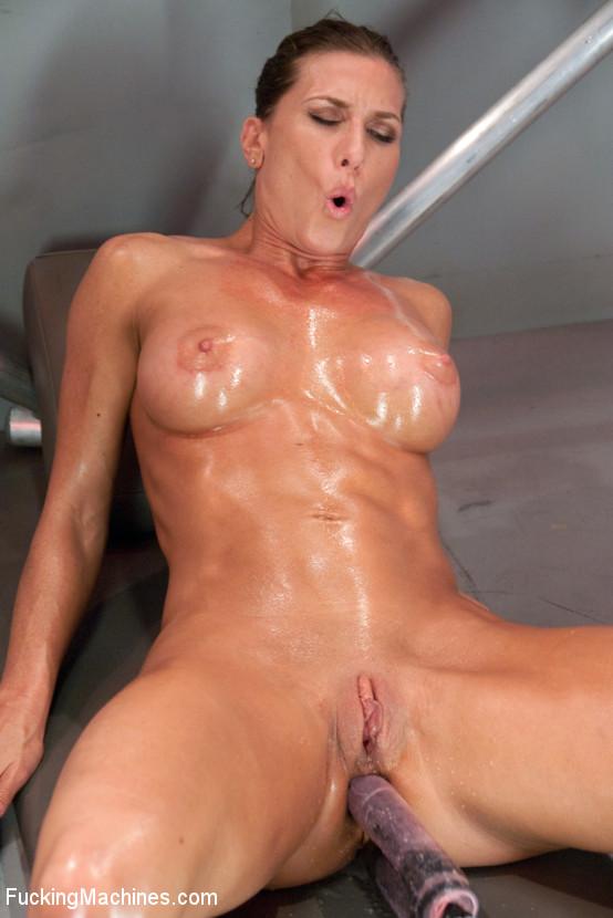 Free nude workout ladies