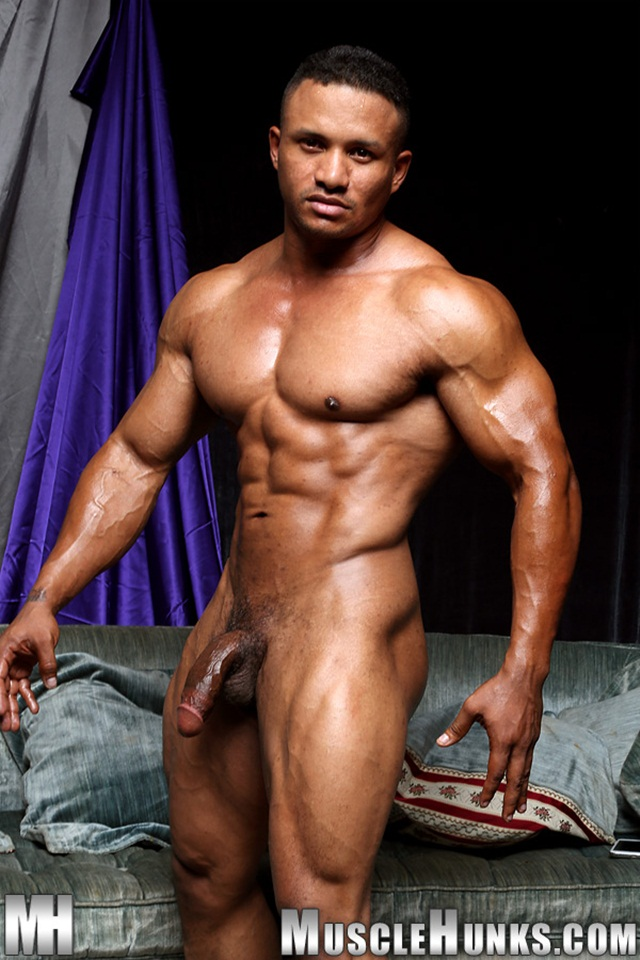 Nude muscular black man