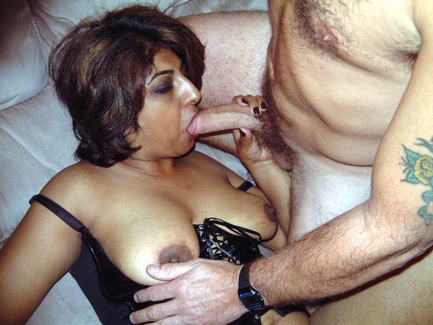 Horny sluts horny house wife sex