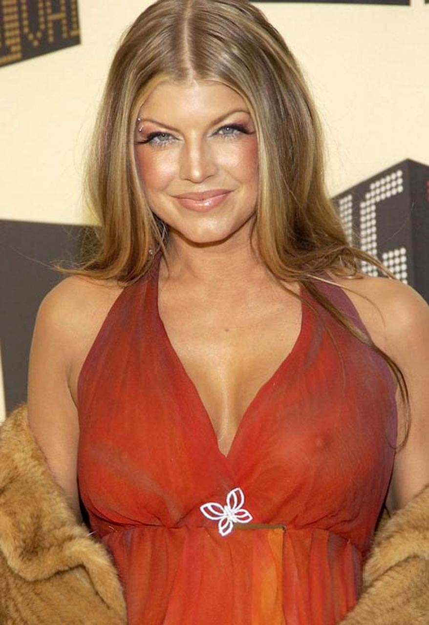 Fergie stacy ferguson boobs