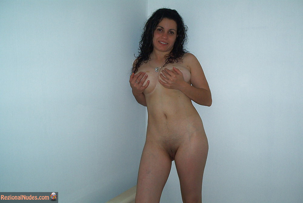 Israeli amateur nude girls