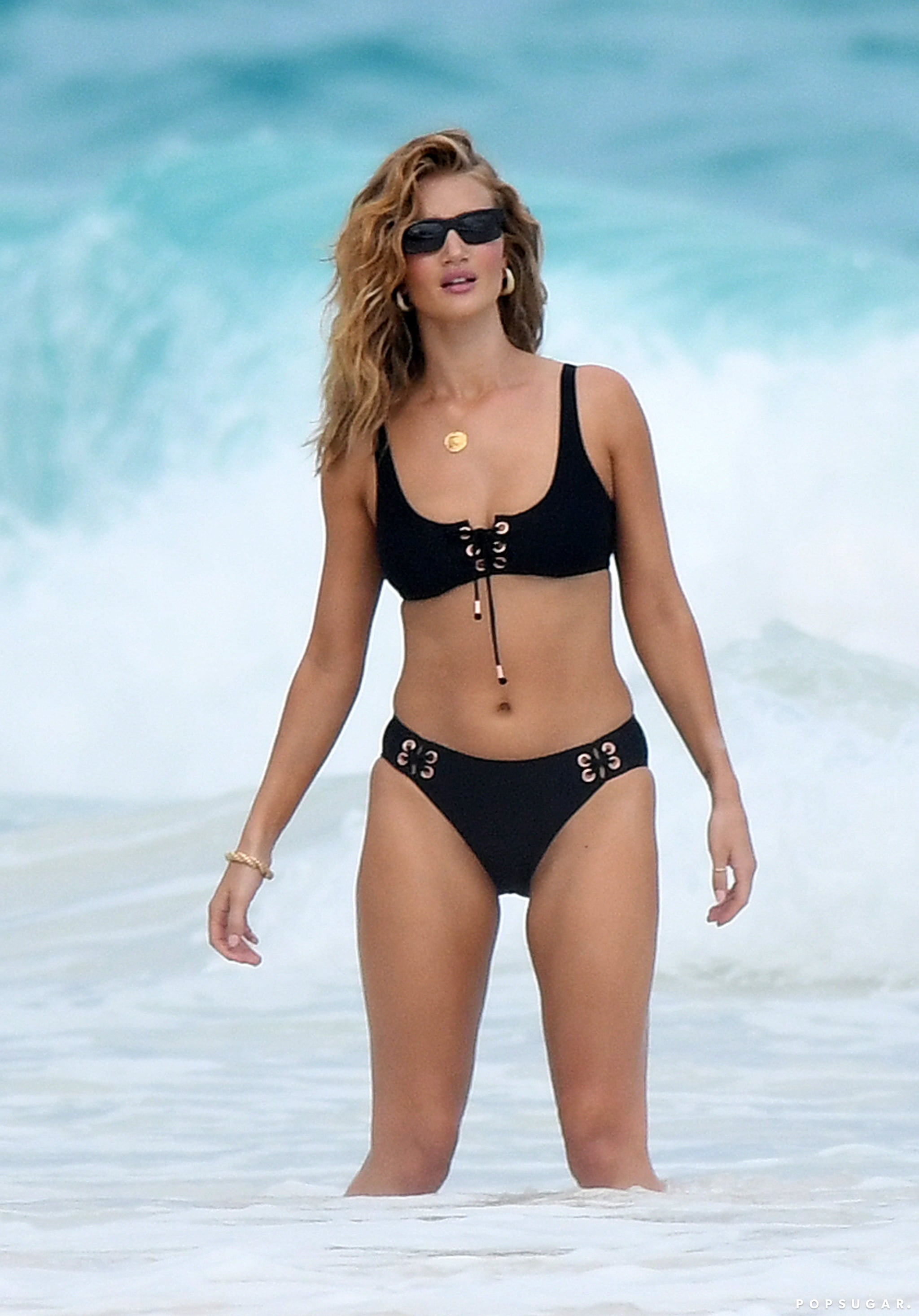 Rosie huntington whiteley bikini