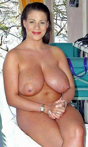 Mature giant tits nude