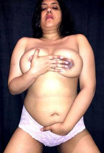 Desi aunty nude fake photo
