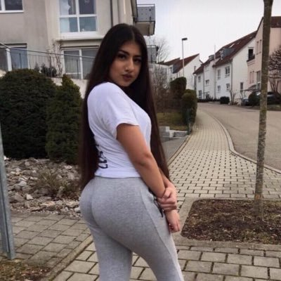 Uk teen croptop slut nn