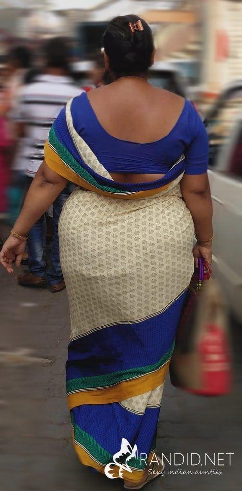 Sexy big booty aunty saree